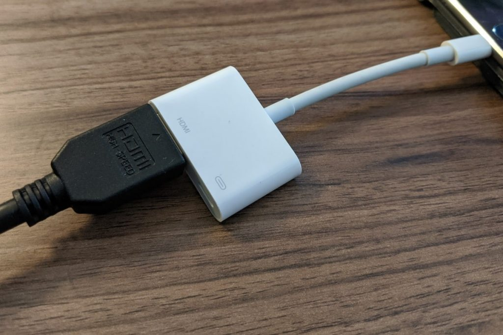 اتصال آیفون به تلویزیون با HDMI